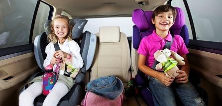 Sicherheitsgurt darf bei Kindern nicht am Hals anliegen