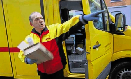 Knochenjob - Paketauslieferer schleppen täglich 2000 Kilogramm
