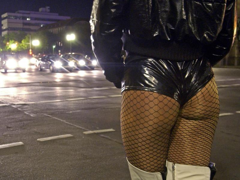 prostituierte kiel bauchschmerzen nach geschlechtsverkehr
