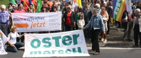 Montagsdemonstrationen und Ostermärsche 2