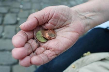 Volksverächter gegen Rente mit 63 - Oettinger fordert Rente ab 70