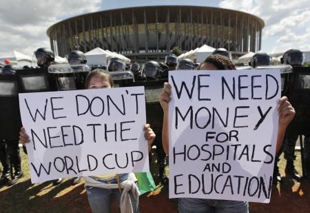 Die Schattenseiten der WM 2014