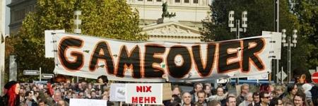 Der Widerstand der Bevölkerung wächst - Immer mehr angebliche Amtshandlungen platzen