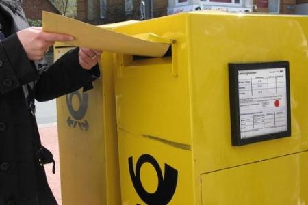 Post hängt mit drin - Weitere Kuriositäten aus dem Scheinämterkabinett