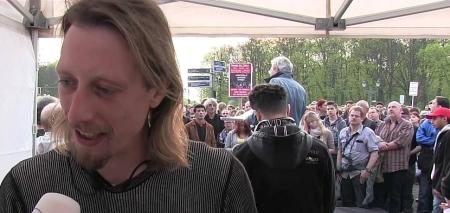 Die inszenierten Montagsmahnwachen in Deutschland