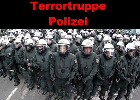 Polizei - Pustekuchen Freund und Helfer.
