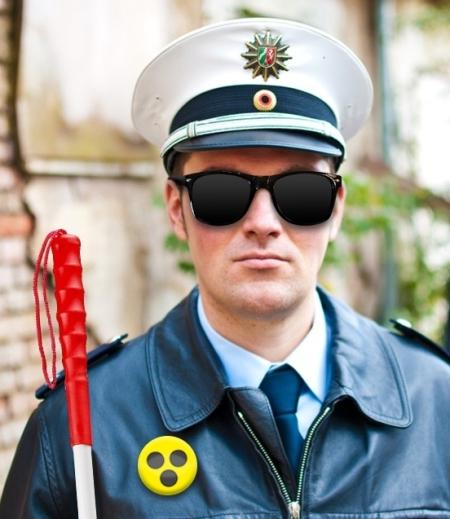 firma-polizei-bioroboter-ohne-moral-und-hirn